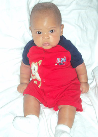 Picture of black baby boy with red and blue outfit.PNG - African American Baby PNG HD