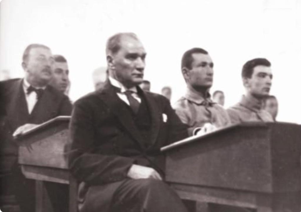 atatürk ve bilim 03 - Ataturk 03 PNG