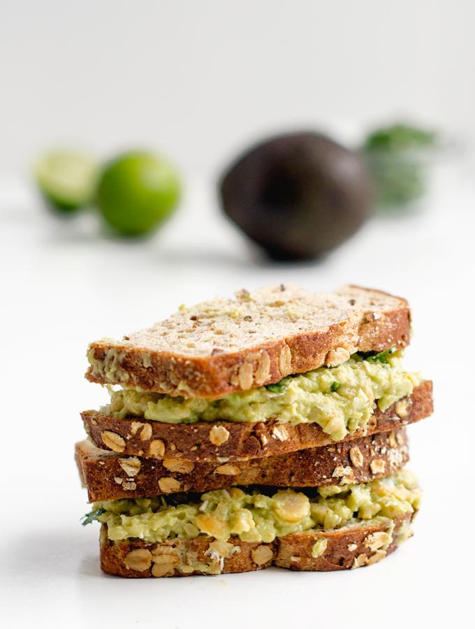Avocado Chickpea Sandwich with Cilantro and Lime | Rezept | Belegte brote,  Belegen und Kichererbsen - Belegtes Brot PNG