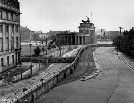 berlin wall.png (472×363) - Berlin Wall PNG