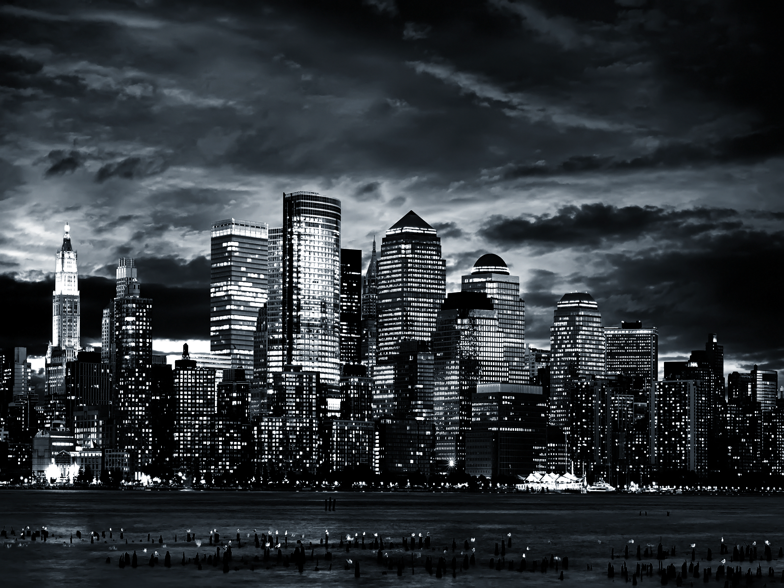 Black u0026 White Wallpaper - Black And White City PNG