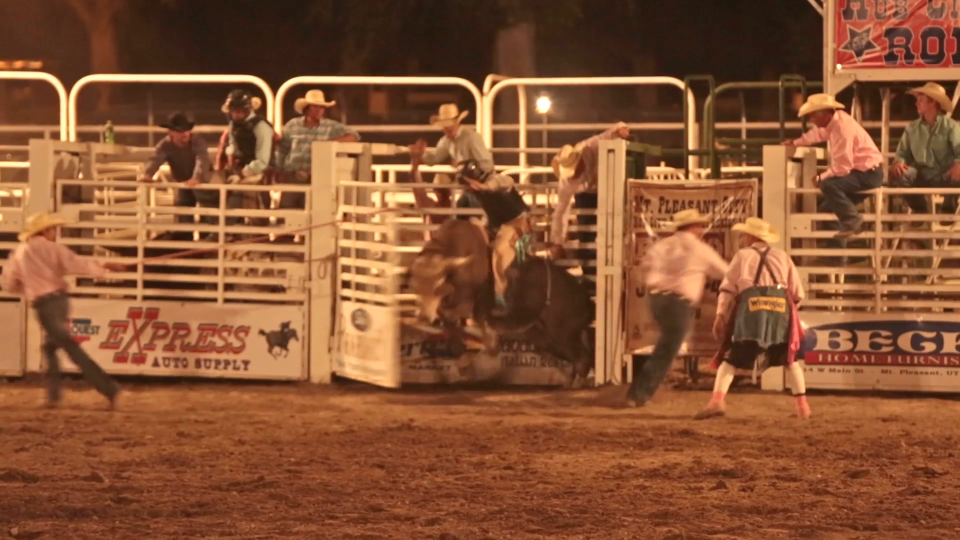 Rodeo bull rider attacked slow motion. Rural fair, rodeo and community  celebration for 4th, fourth of July. Small town fun. Competitors riding  bulls, horses PlusPng.com  - Bull Riding PNG HD