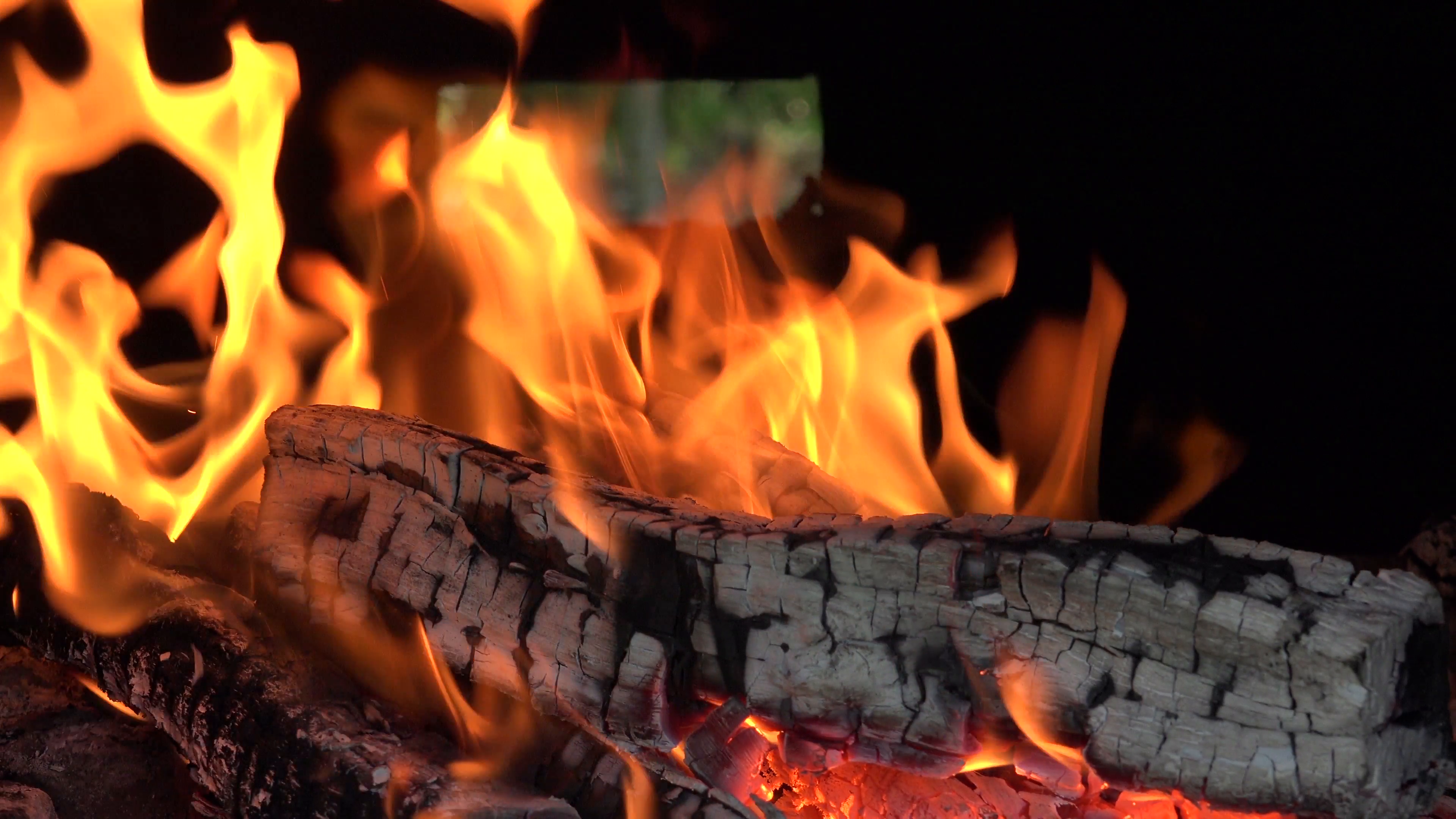 ULTRA HD 4K Real Time Shot, Close Up Of Flames Burning Wood. In A  Conventional Stove, When Wood Is Added To A Hot Fire, A Process Of  Pyrolysis Or PlusPng.com  - Burning Wood PNG