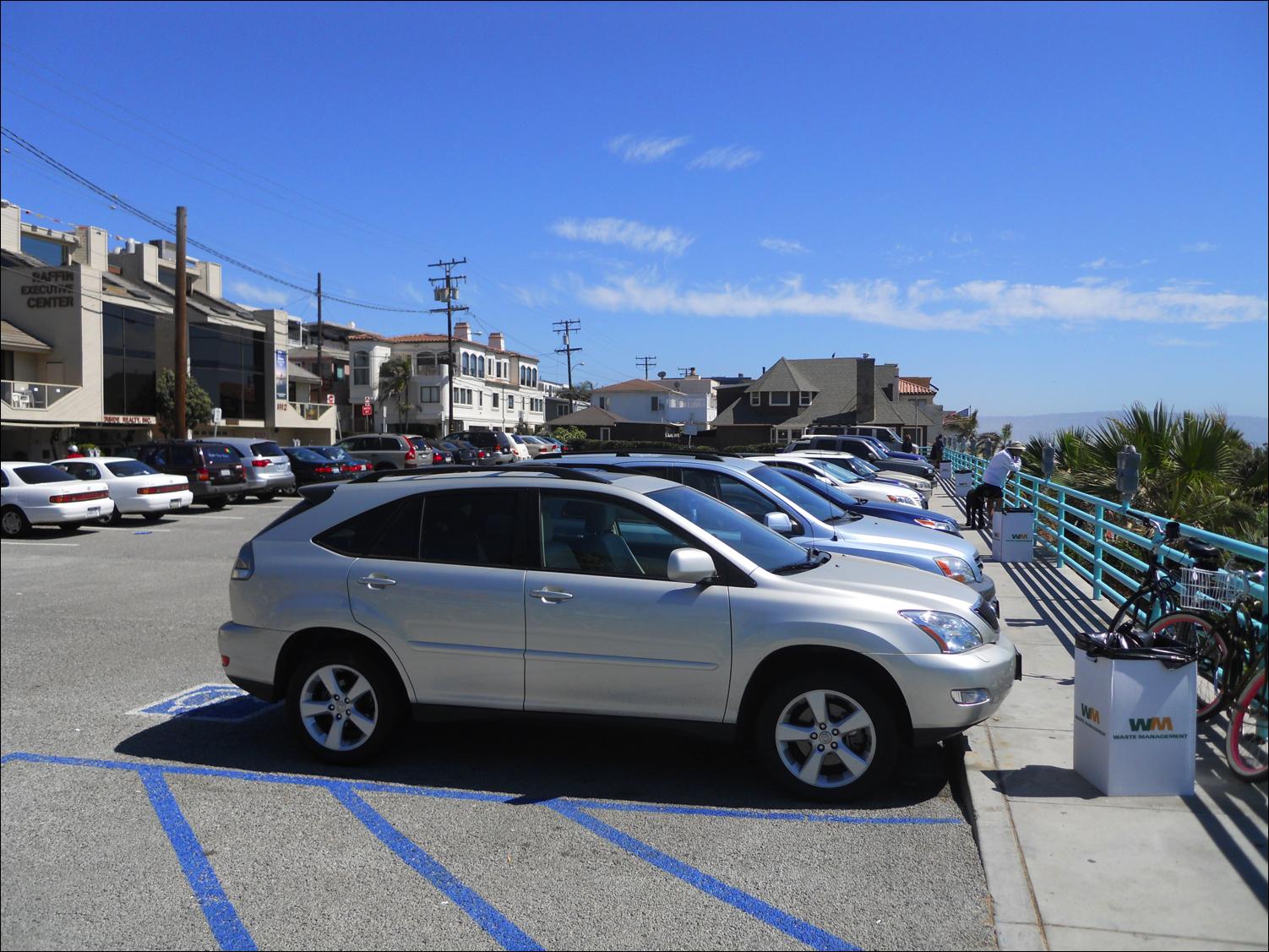 Picture PlusPng.com  - Car Parking Lot PNG