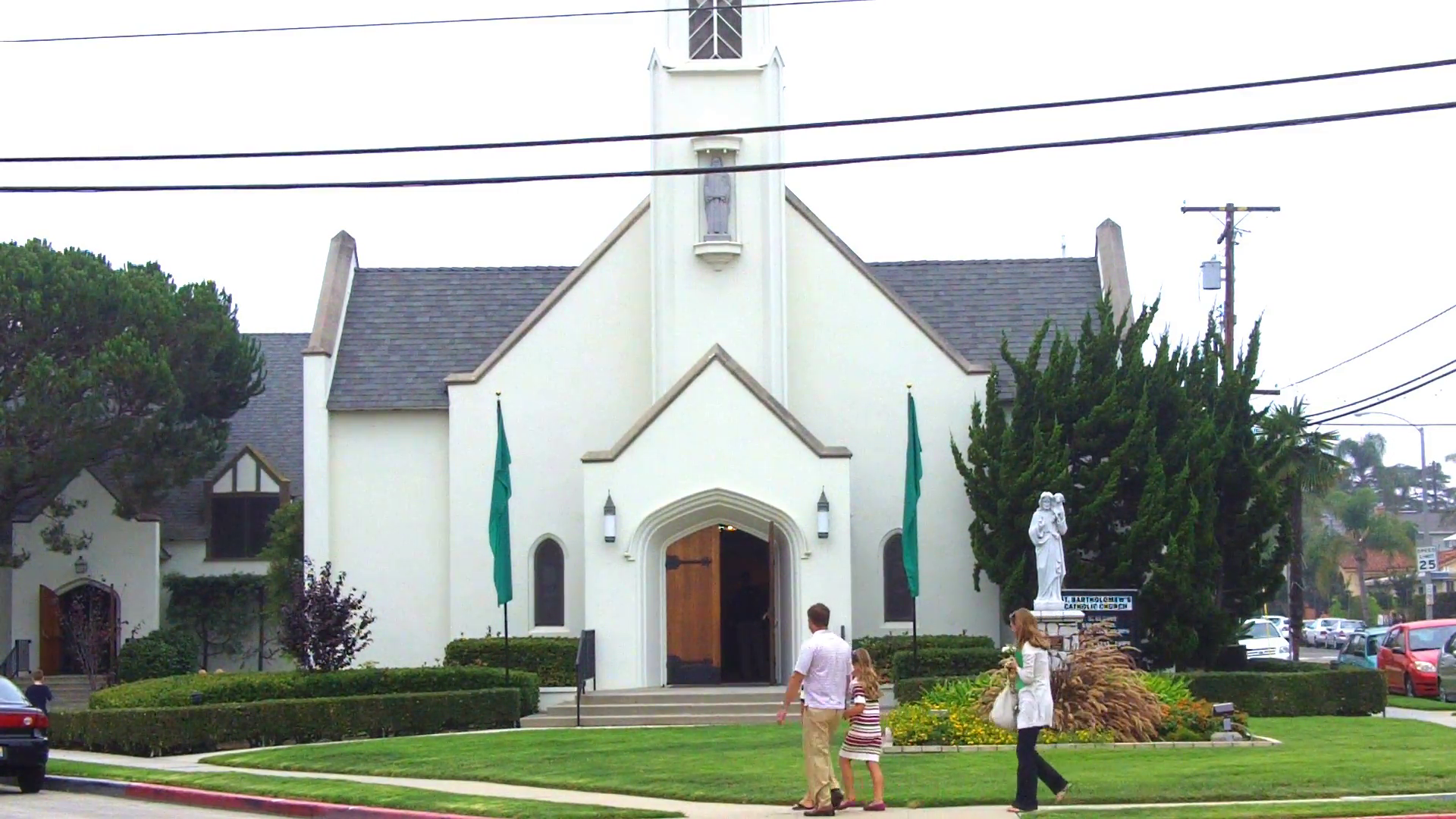 Family Going To Church On A Sunday Morning- Long Beach CA Stock Video  Footage - VideoBlocks - Church HD PNG