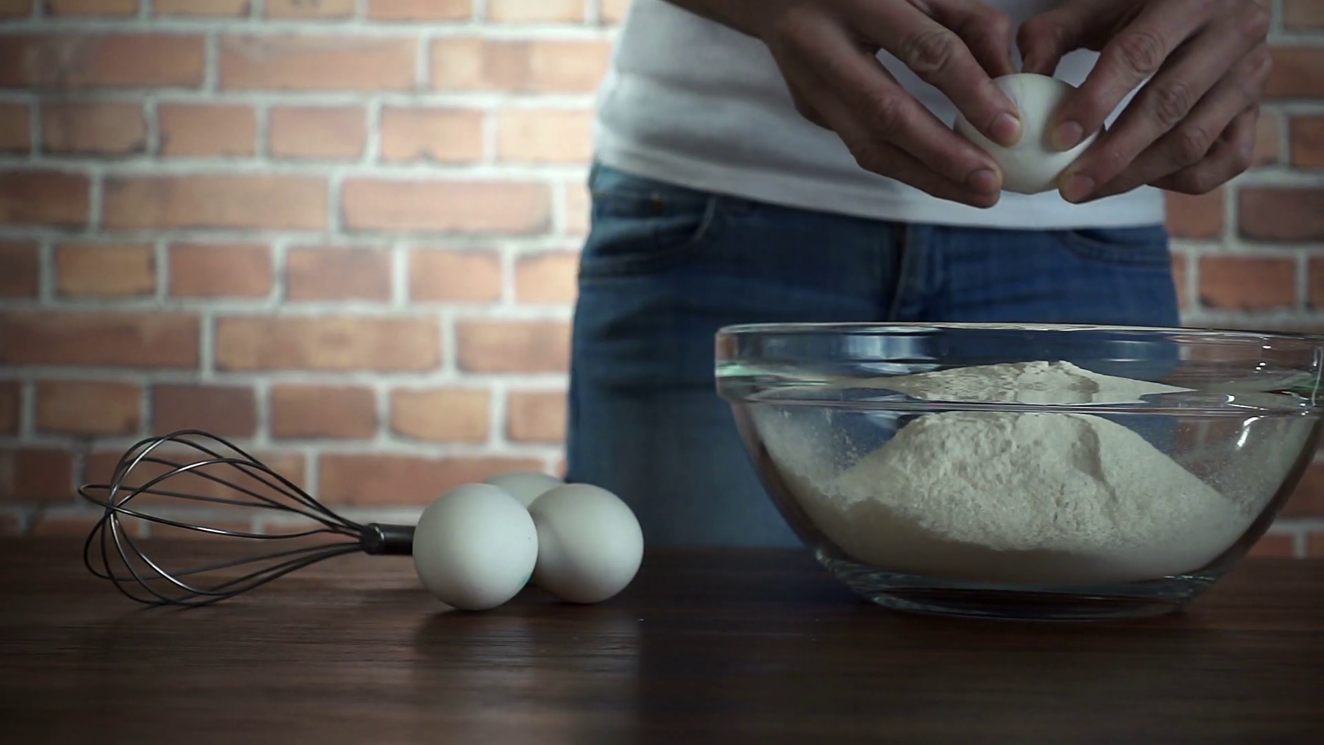 Woman crack egg in glass bowl with flour, slow motion hd video - Cracked Egg PNG HD