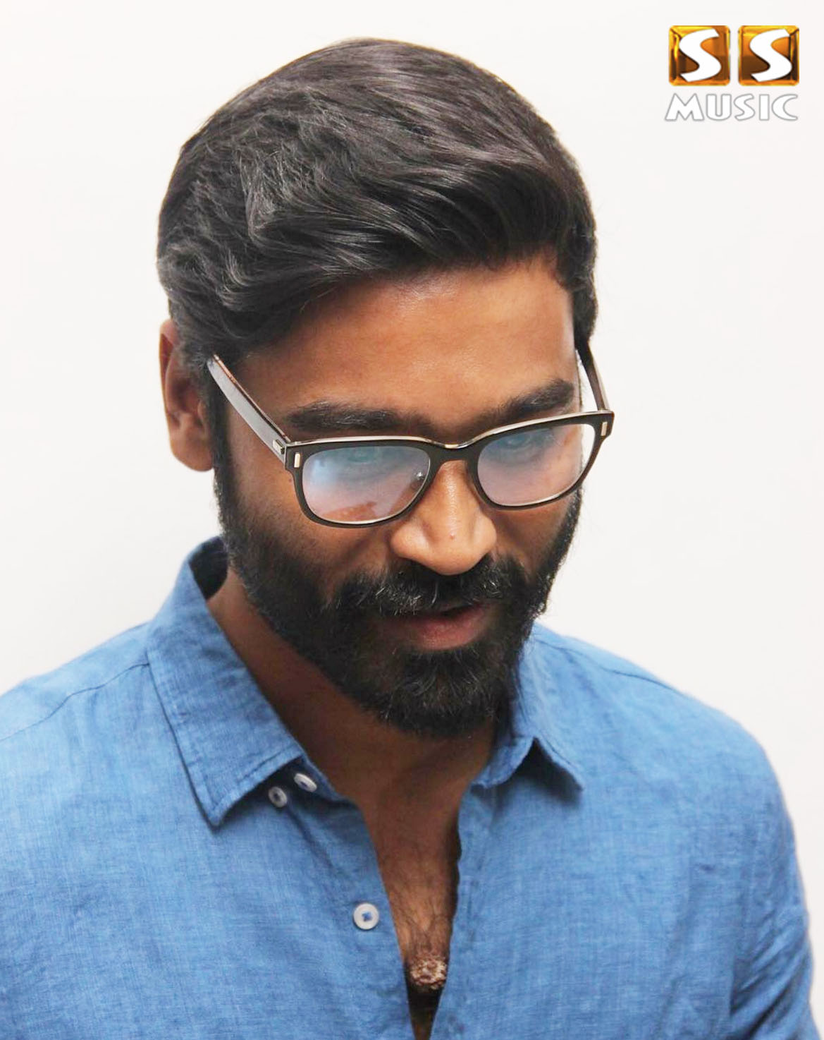 The Powerhouse performer Dhanush in the recently held u201cMudinja Ivana Pudiu201d  Audio launch revealed the actor he wanted to share screen space with. - Dhanush PNG