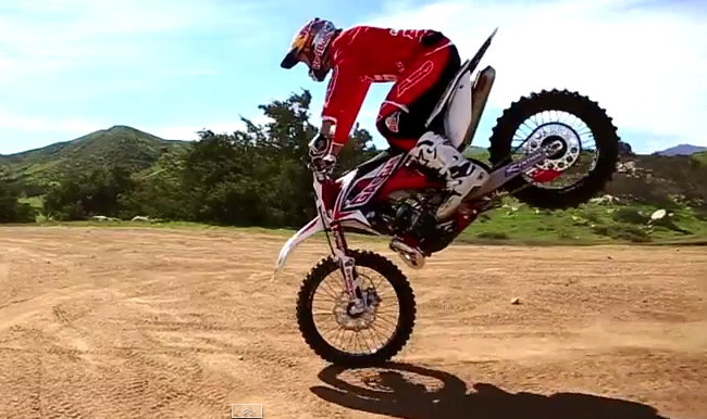 HOW TO NOSE WHEELIE LIKE GEOFF AARON - Dirt Bike Wheelie PNG