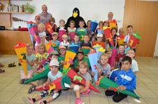 Schulstartfest für Erstklassler der Volksschüler von Waxenberg, Traberg und  Oberneukirchen - Erstklassler PNG
