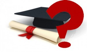 But the increasing popularity of the online courses has led to many fake  degrees or institutes spreading PlusPng.com  - Fake Degree PNG