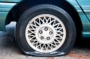 Flat Tyre PNG - 81253