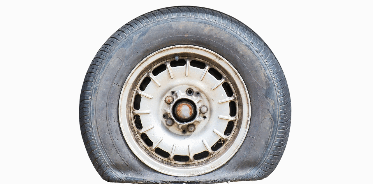 Flat Tyre PNG - 81243