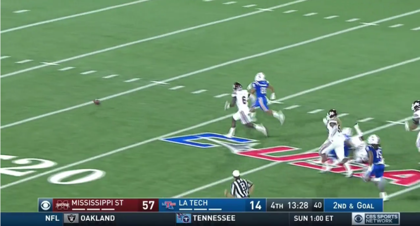An unbelievable fumble left Louisiana Tech with a 3rd and 93 vs Mississippi  State - Football Fumble PNG