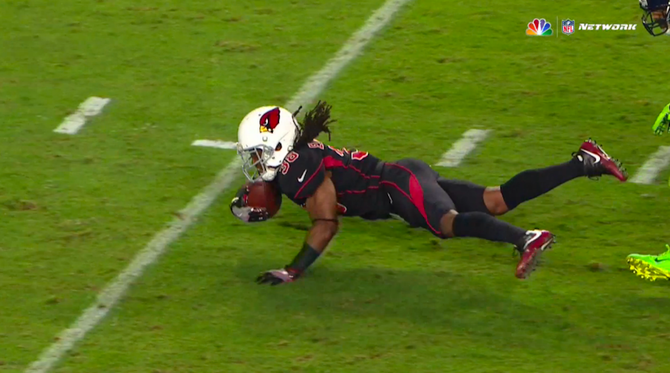 cardinals-seahawks-fumble-25.png - Football Fumble PNG