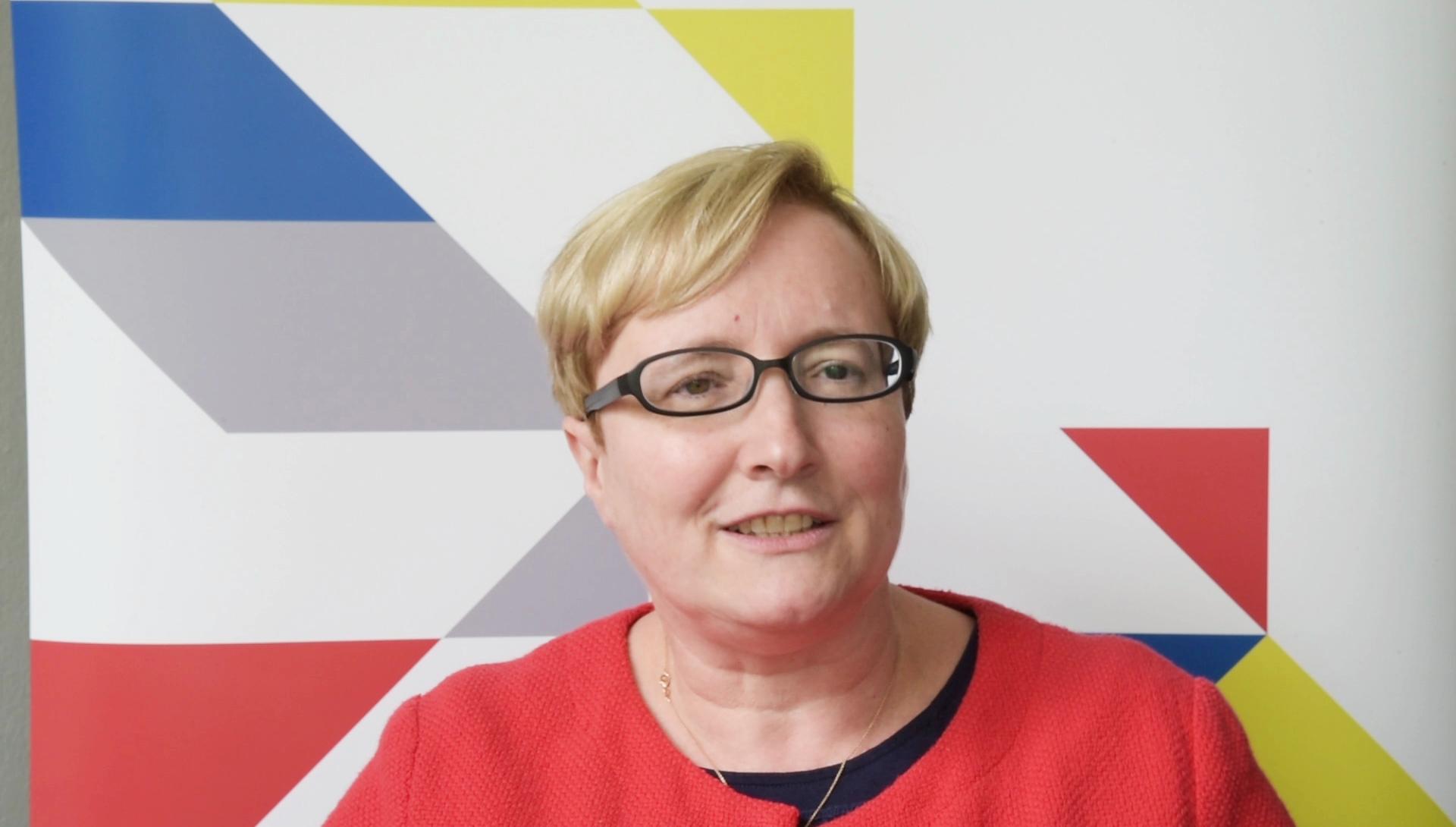Prof. Dr. Verena Blechinger-Talcott - Gemeinsam Erfolgreich PNG