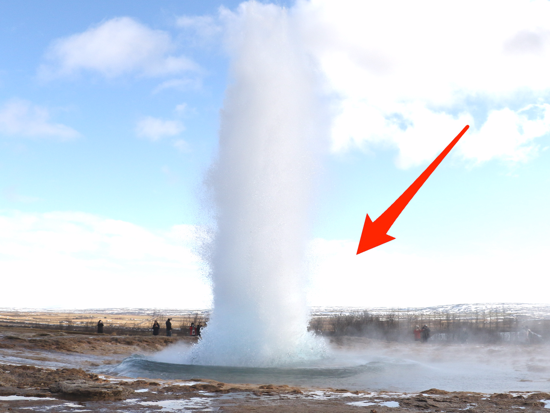 Icelandu0027s 1,000-year-old Strokkur Geysir erupts 30 metres in the air -  Business Insider - Geysir PNG