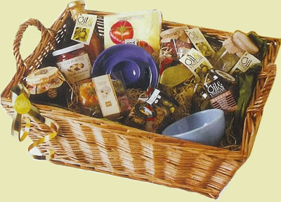 Personalised gift baskets make great presents - One Woman so many blogs - Gift Basket PNG HD