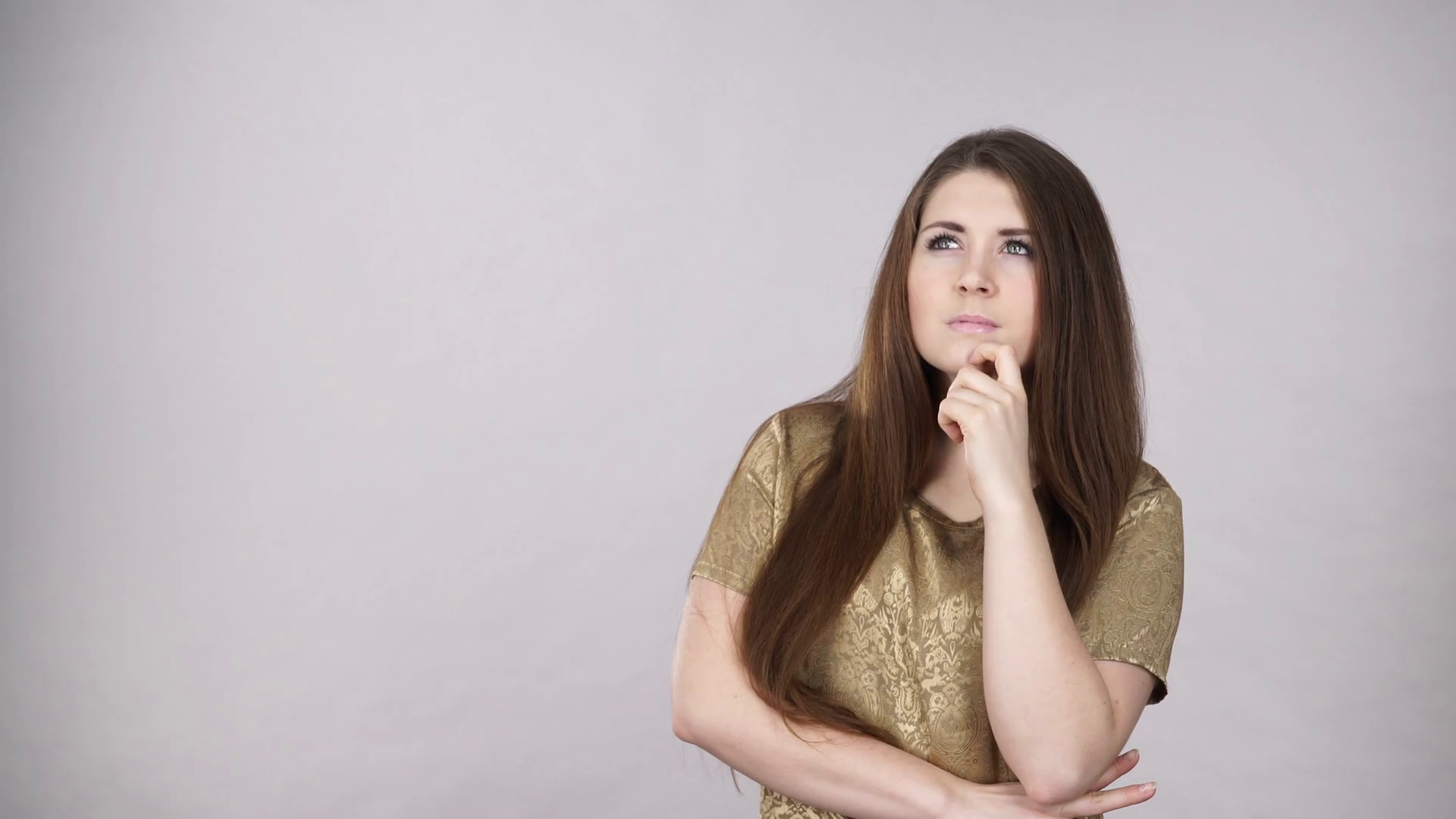 Woman Confused Thinking Seeks A Solution. Pensive Thoughtful Girl Coming Up  With An Idea, Pointing With Finger At Copyspace, Giving Thumb Up Gesture  Sign. - Girl Thinking PNG HD