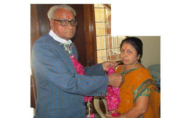 Vina Mulya Amulya Seva - Helping Old Age People PNG