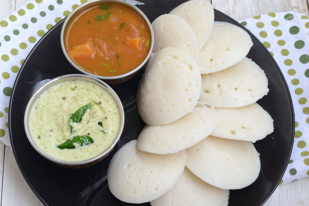Live Healthy with Balanced Diet - Idli PNG