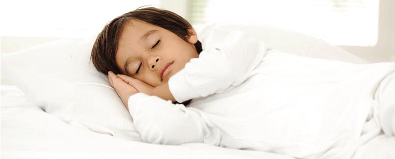 Kids Sleeping Sweaty - Kid Going To Bed PNG