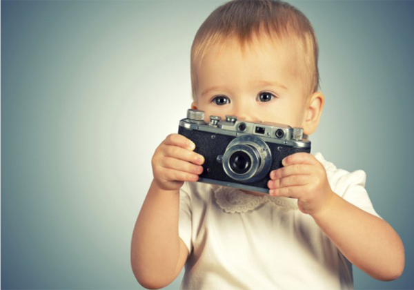 5 fun ideas for taking photos of the kids - Kid With Camera PNG