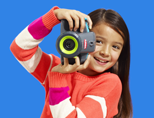 We sent out tons of toys to kid testers to find the yearu0027s best. Check out  our Gold Star Toy winners for kids ages 3 and PlusPng.com  - Kid With Camera PNG