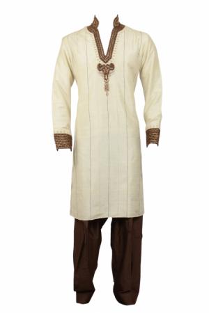 Off white silk kurta with resham thread detail - Kurta PNG