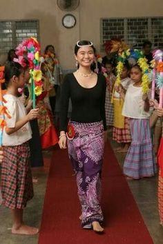 August photo idea (buwan ng wika) - Linggo Ng Wika Costume PNG