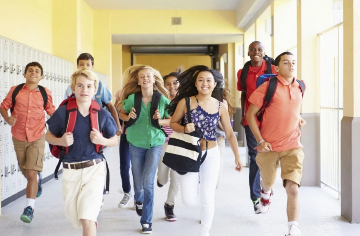 Top 10 Skills Middle School Students Need To Thrive, And How Parents Can  Help | Central Cal Mom - Middle School Kids PNG