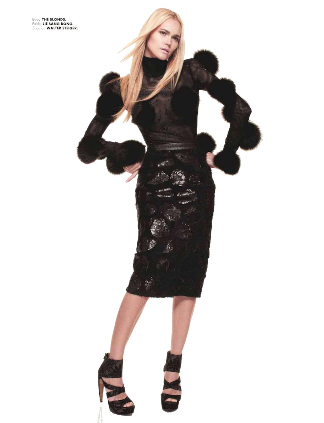 PNG File Name: Fashion Model PlusPng.com  - Model PNG