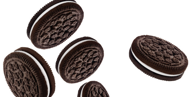 5 Generic chocolate sandwich cookies. Image shot 2005. Exact date unknown. - Oreo PNG HD