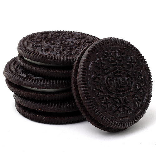 An article posted by The Atlantic discusses the intricate design history of  the Oreo cookie. Apparently, some Oreo fans have speculated that parts of  the PlusPng.com  - Oreo PNG HD