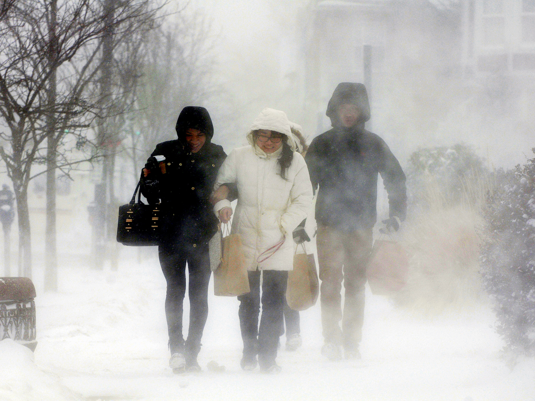 New Yearu0027s Eve snowstorm: cold forecast and potential travel delays -  Business Insider - People In Cold Winter PNG