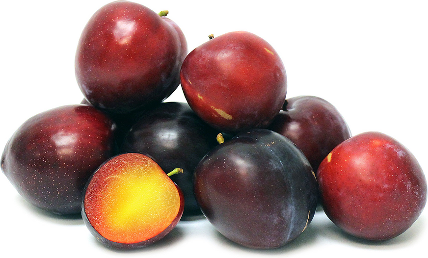 The Santa Rosa plum has a perfectly speckled and glistening deep ruby red  berry-tart - Plum HD PNG