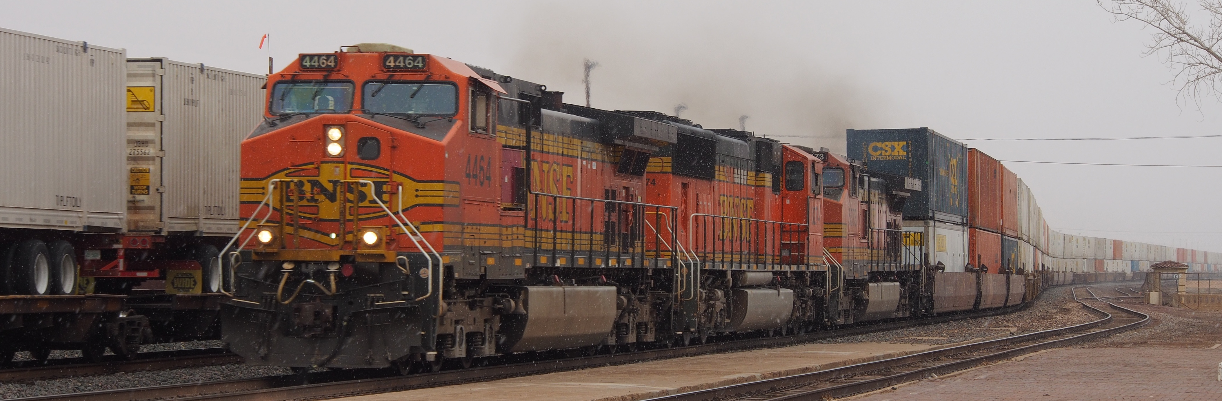 File:BNSF train.png - PNG Image Of Train