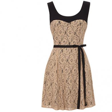 Datei:Kleid 2.png - PNG Kleid