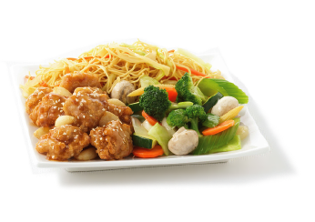 Choice of Fried Rice or Noodles plus any two items. - PNG Plate Of Food