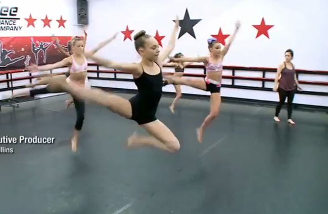 File:428 Chloe Maddie Kendall Mackenzie Gianna group rehearsal.png - Rehearsal PNG