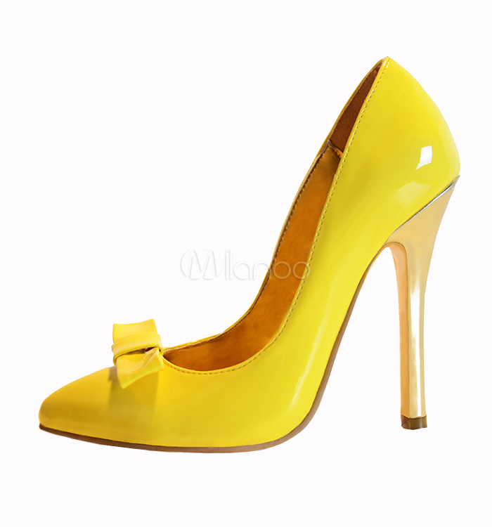 Fashion Yellow Pointed Toe Stiletto Heel Patent Leather Womanu0027s High Heels  PlusPng.com  - Stiletto Heels PNG