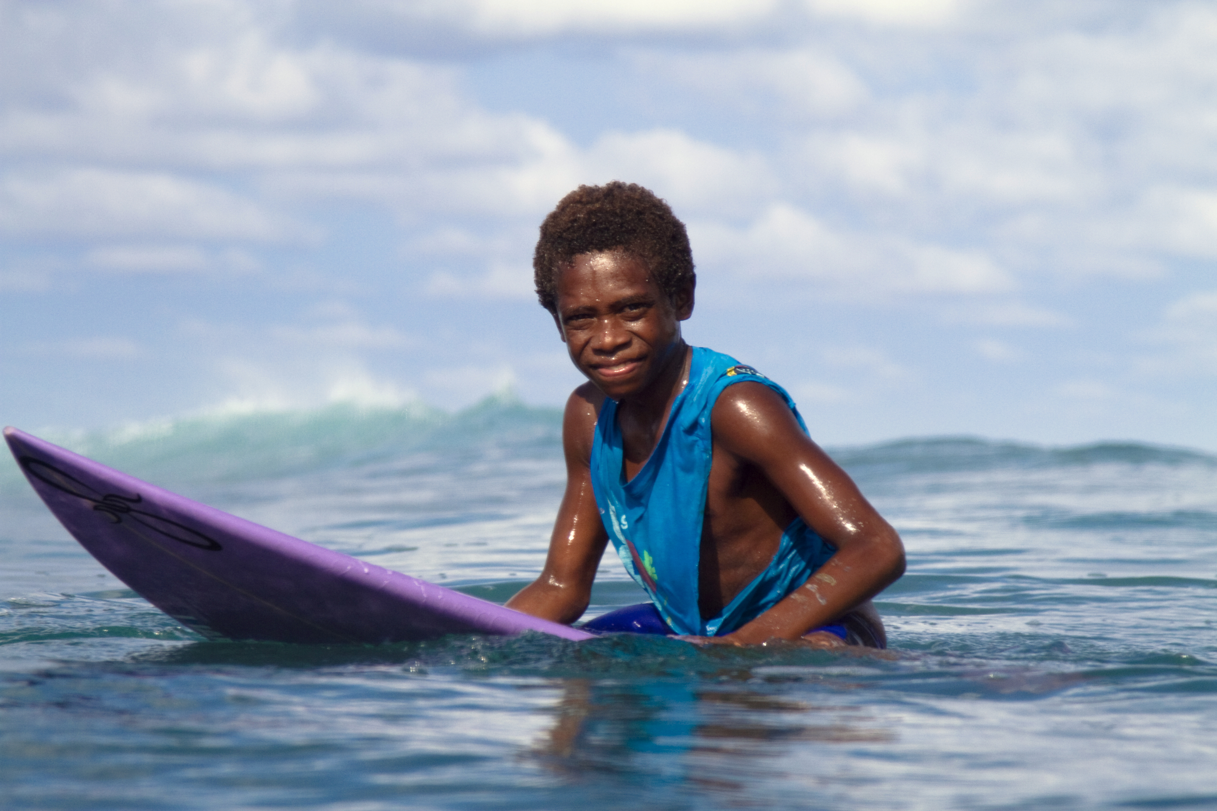 Surfing PNG - 4348