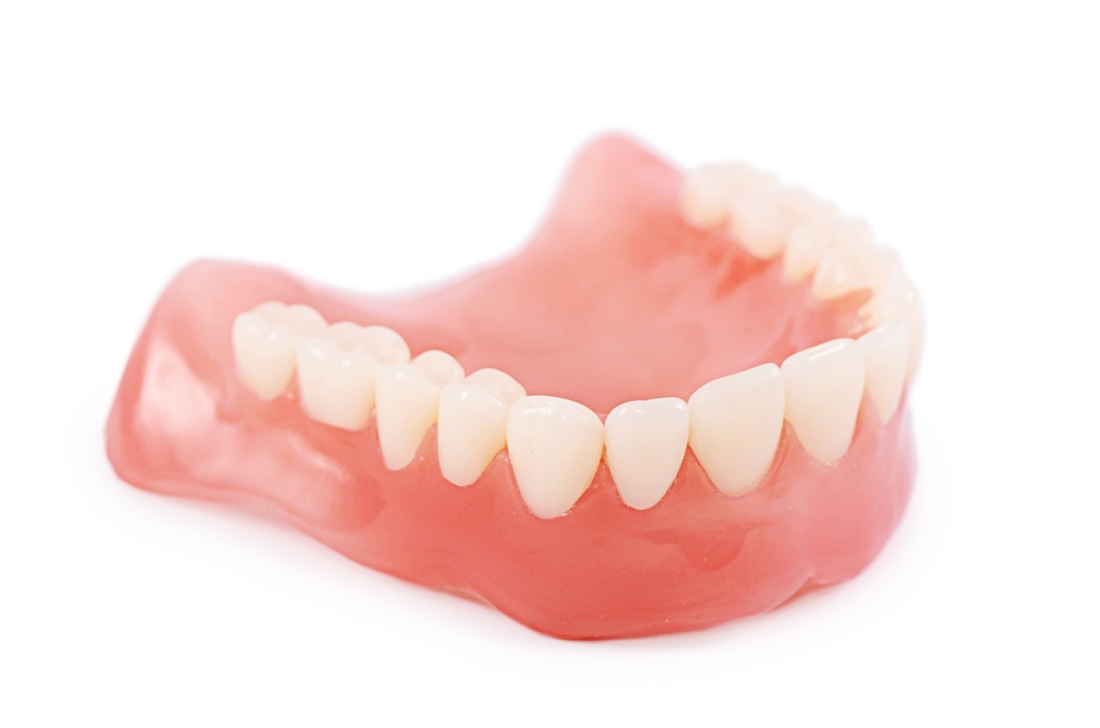Modern dentures are carefully crafted in a dental laboratory using a  combination of acrylics such as polymethylmethacrylate to create a  comfortable and PlusPng.com  - Teeth PNG HD