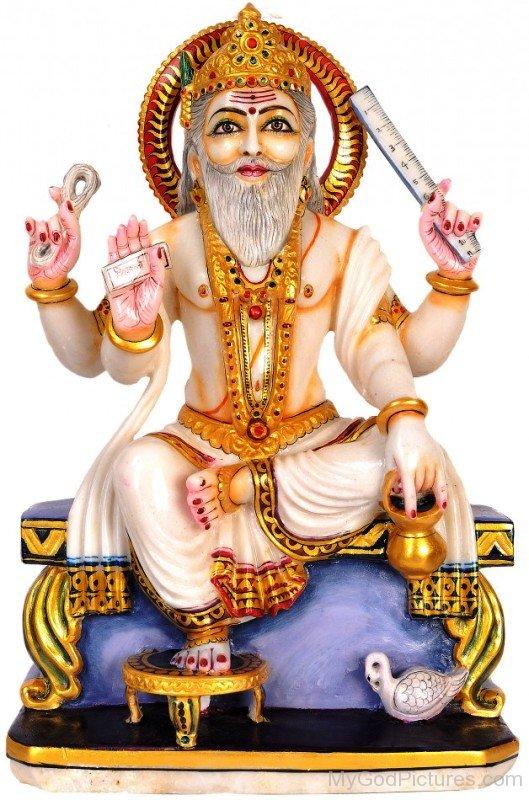 White Marble Statue Of Lord Vishvakarma-mv419 - Vishwakarma God PNG