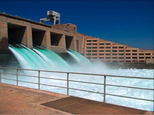 Haditha Dam, a major hydroelectric contributor to the power system in Iraq.  (photo - Water Dam PNG